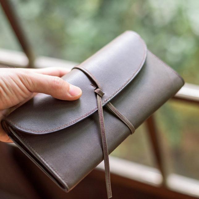 革ひも長財布