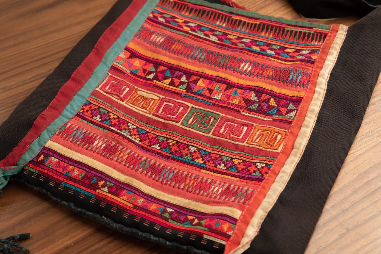 タイ アカ族のバッグ