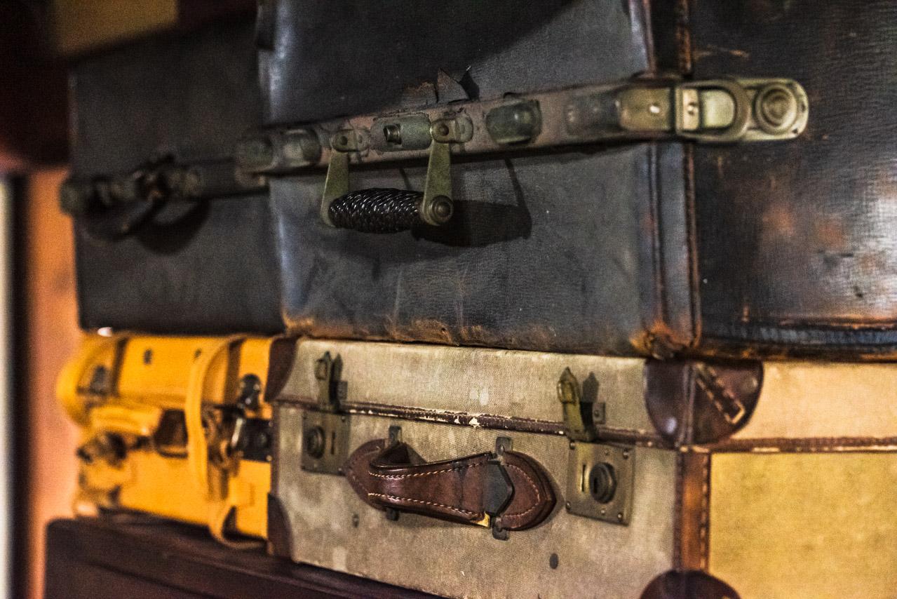 アンティークバッグ、スーツケースコレクション
