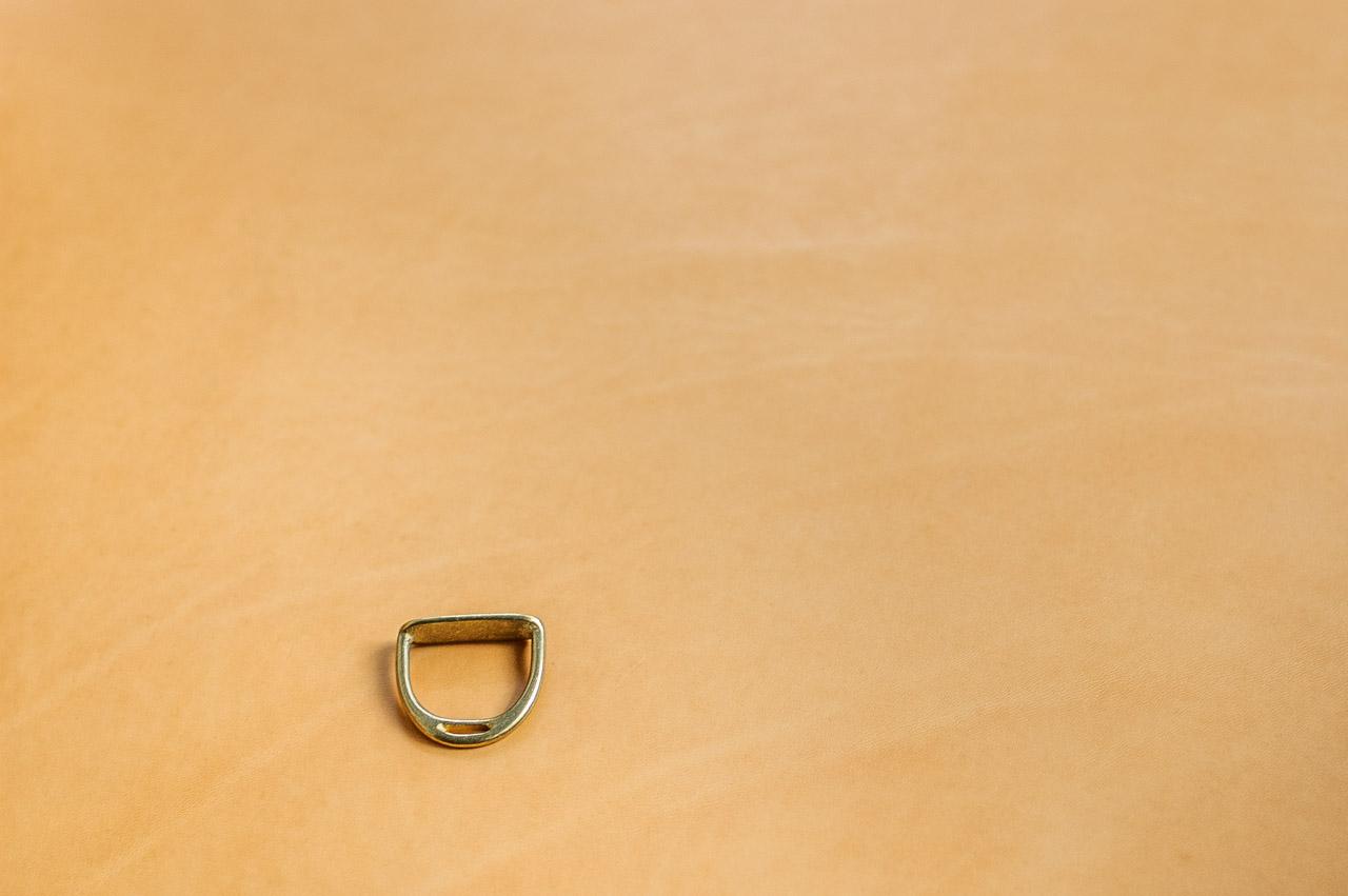 水を吸う栃木レザーヌメ革