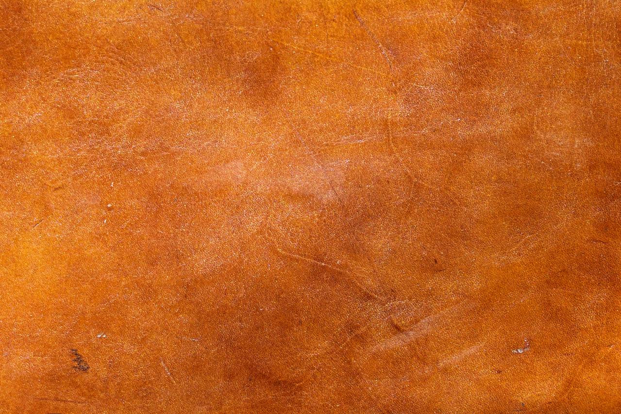 表面の傷のつきやすさ、色変化