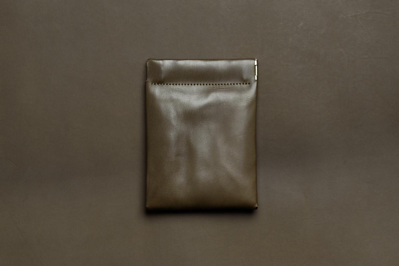 イタリアのカーフを使ったミニ財布