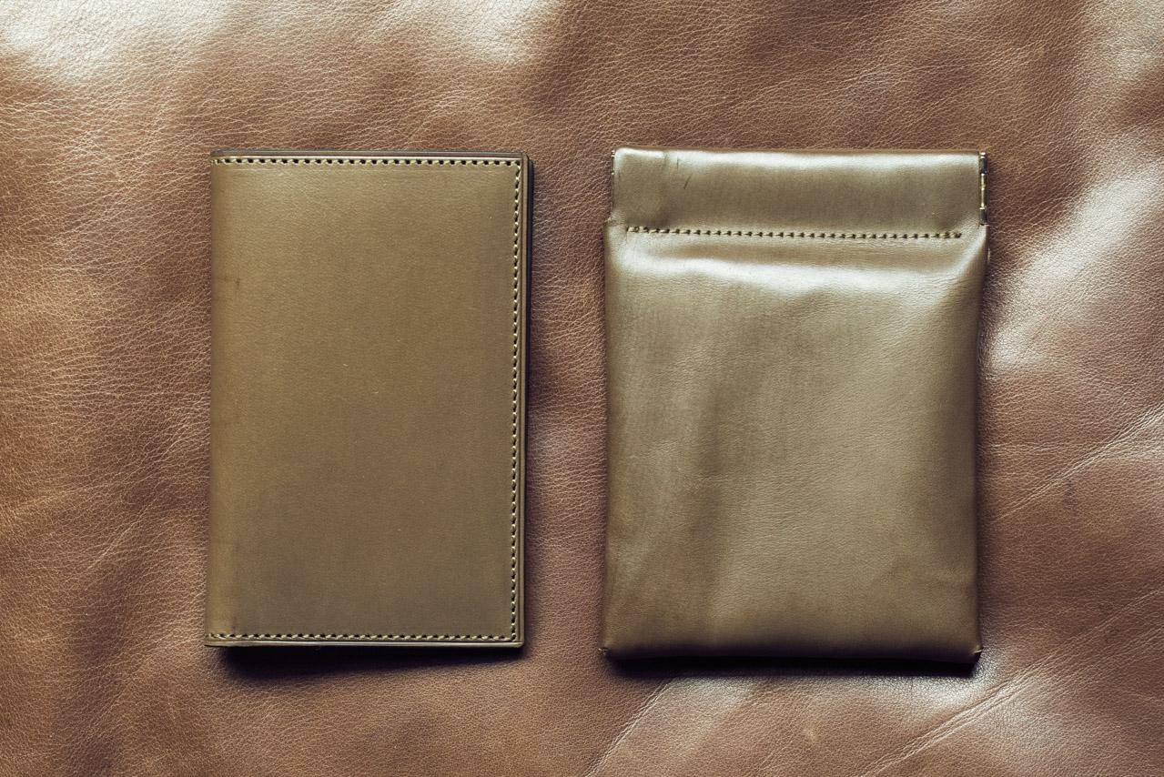イタリアンカーフの名刺入れとミニ財布。シックに作るかカジュアルに作るか
